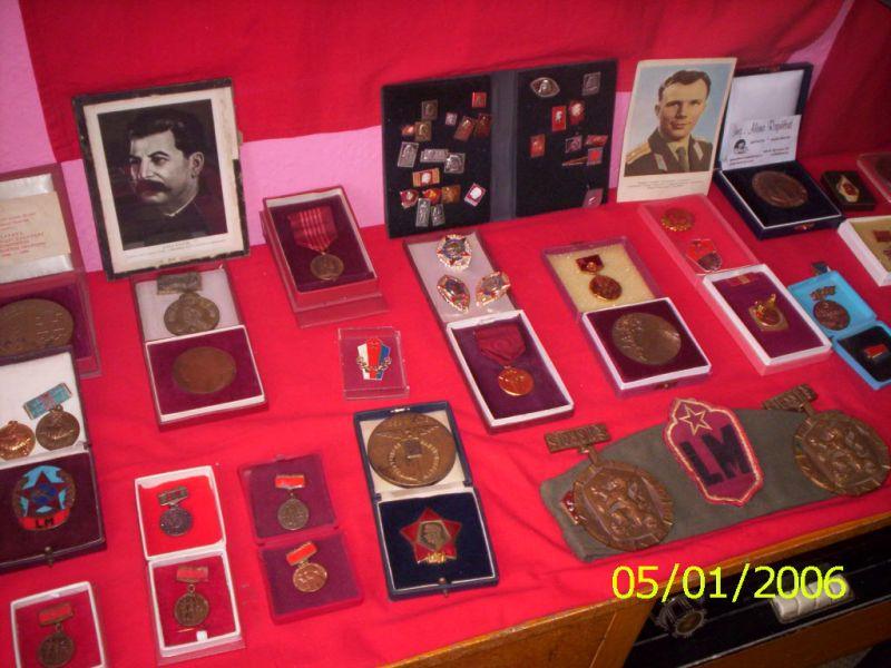 medaile ze síně tradic v Pucově